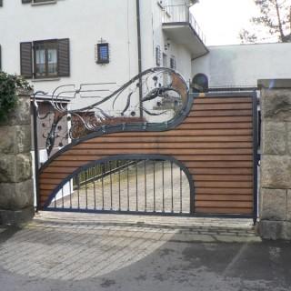 Brána Poupata